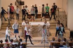 Tanz der vierten Klasse